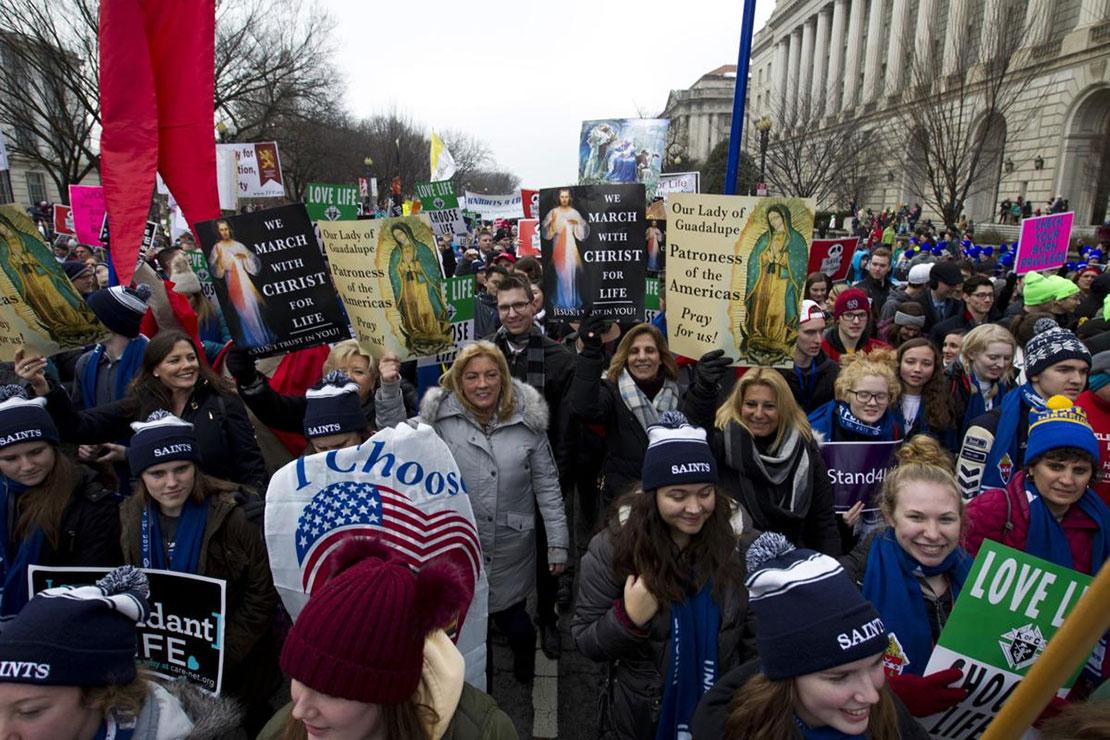 Sứ Thần Tòa Thánh Christophe Pierre: Những người phò sinh đang canh tân xã hội Hoa Kỳ