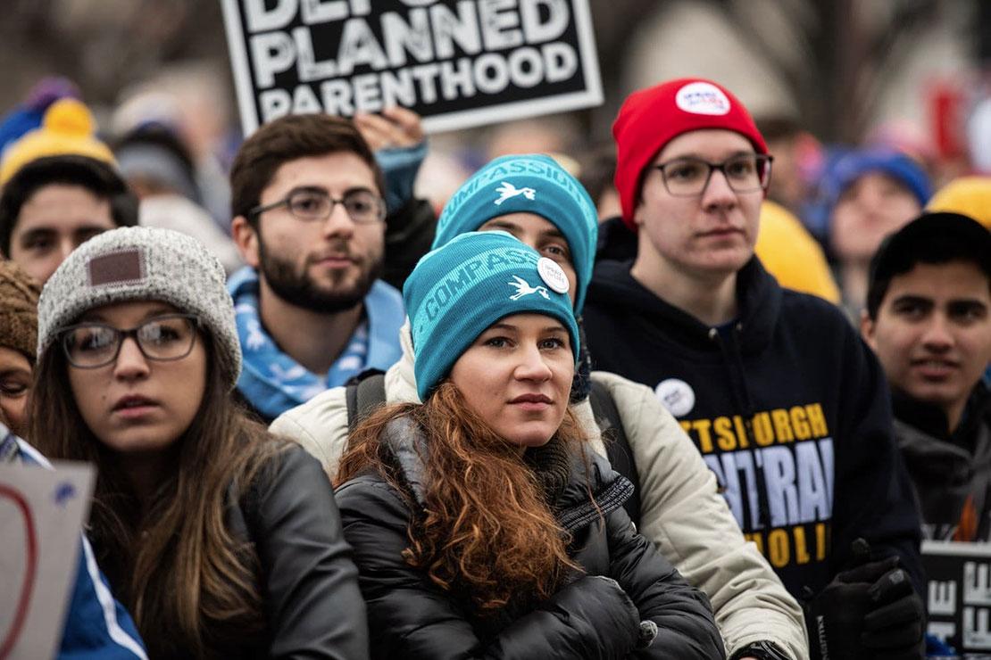 Tại cuộc tuần hành phò sinh, tổng thống Trump thề sẽ phủ quyết mọi luật phò phá thai