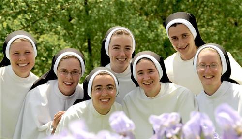 Tại sao không có nữ linh mục?