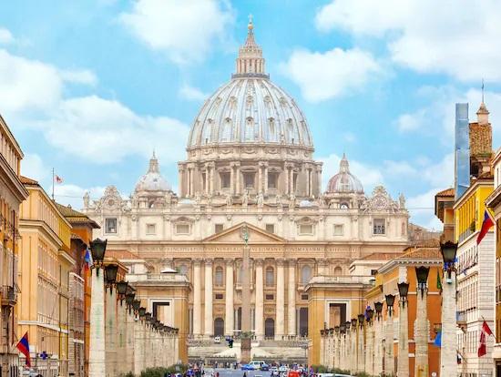 Tại sao ngày nay Rôma là trung tâm của Giáo Hội Công Giáo? Tại sao Toà Thánh được đặt ở Rôma?