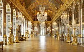 Tấm Gương Trong Lâu Ðài  Versailles