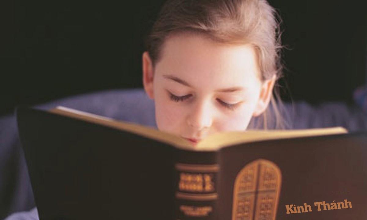 Tầm quan trọng của việc đọc và học Thánh Kinh