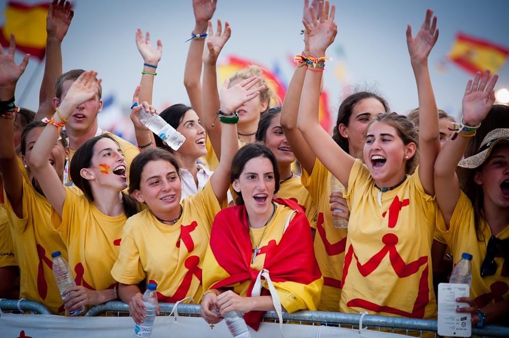 Tâm sự với bạn trẻ: Đâu là niềm vui đích thực?