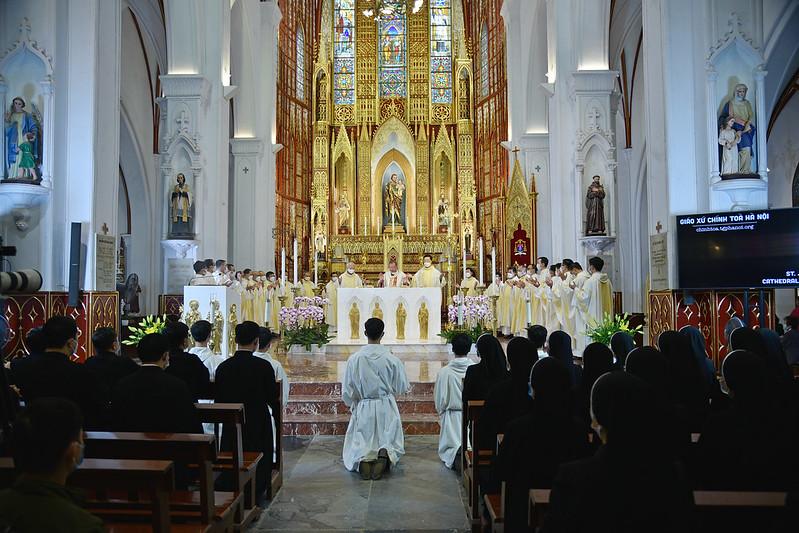 TGP Hà Nội hưởng ứng ngày toàn quốc cầu nguyện xin ơn chữa lành