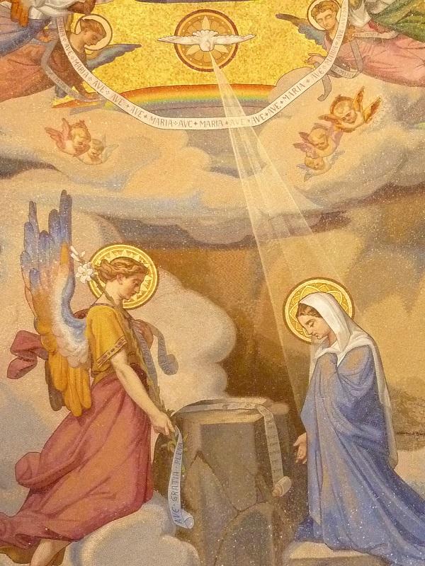 Thái độ của Mẹ Maria trong biến cố Truyền tin