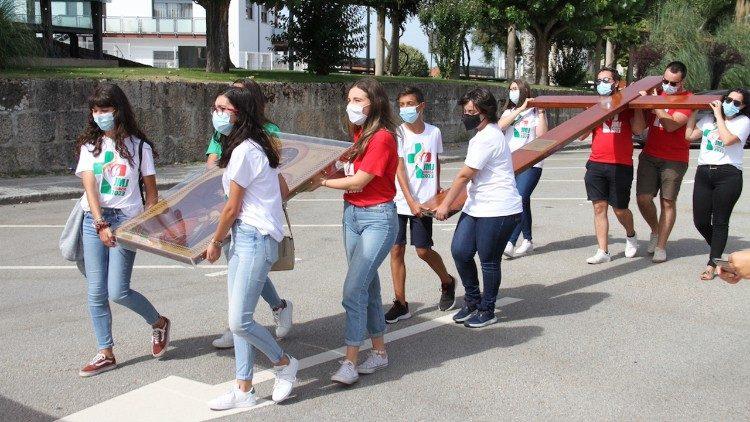Thánh Giá Ngày Giới trẻ Thế giới 2023 đã đến Tây Ban Nha