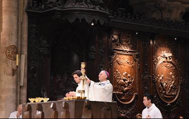 Thánh lễ khai giảng năm học mới tại nhà thờ Đức Bà Paris