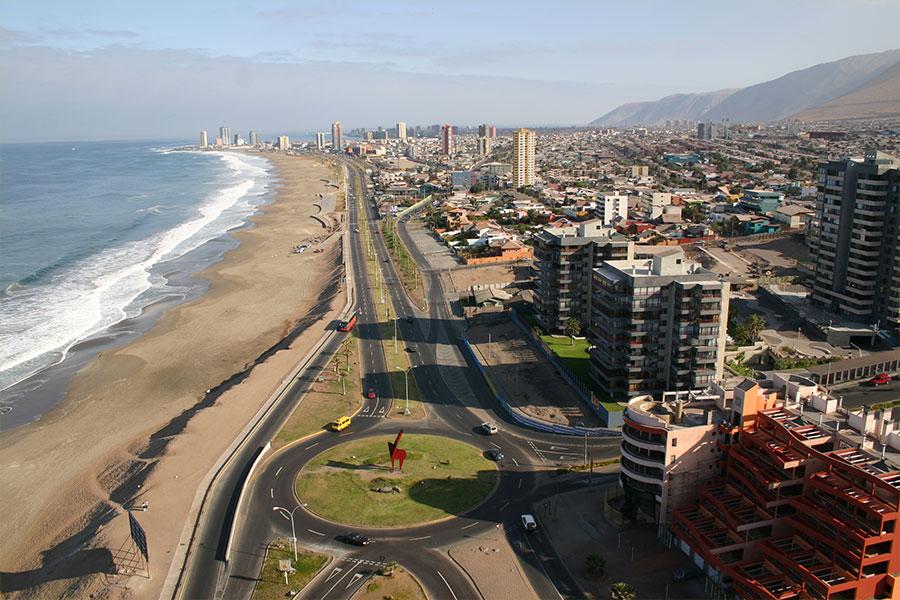 Thành phố Iquique, thủ đô của các lễ hội Công Giáo ở Chí Lợi