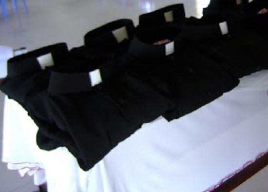Thầy tu và chiếc áo dòng