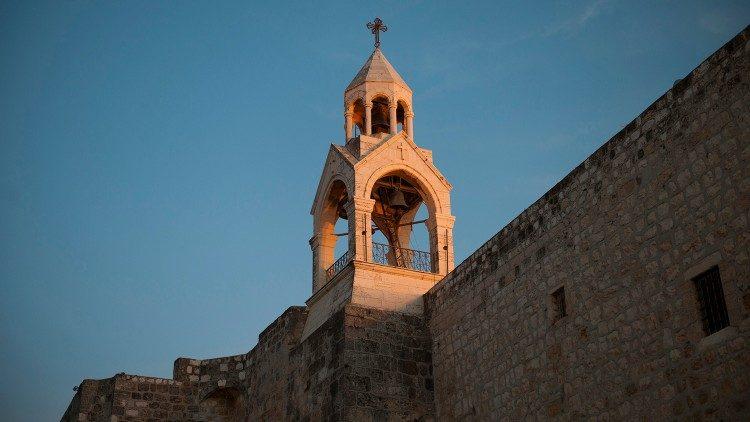 Thời gian kính viếng Vương cung thánh đường Chúa Giáng sinh tại Bêlem được kéo dài