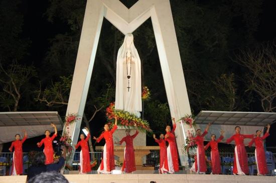 Thông báo: Chương trình hành hương Đức Mẹ Fatima Vĩnh Long (13.10.2020)