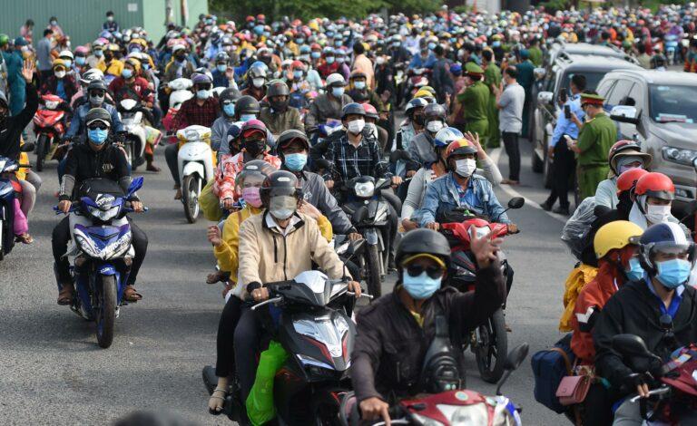 Thương lắm dân Việt ơi!