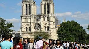 Tin Vui: Thánh lễ đầu tiên tại nhà thờ Đức Bà Paris sau vụ hỏa hoạn được cử hành ngày 15/6.