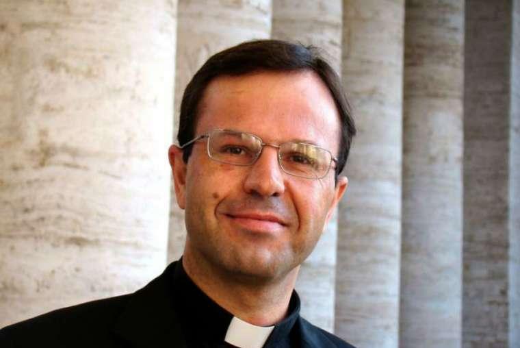 Tòa án Tối cao Tòa Thánh đã phán quyết Cha Hermann Geissler F.S.O. vô tội về cáo buộc dụ dỗ tình dục với cựu nữ tu trong tòa giải tội