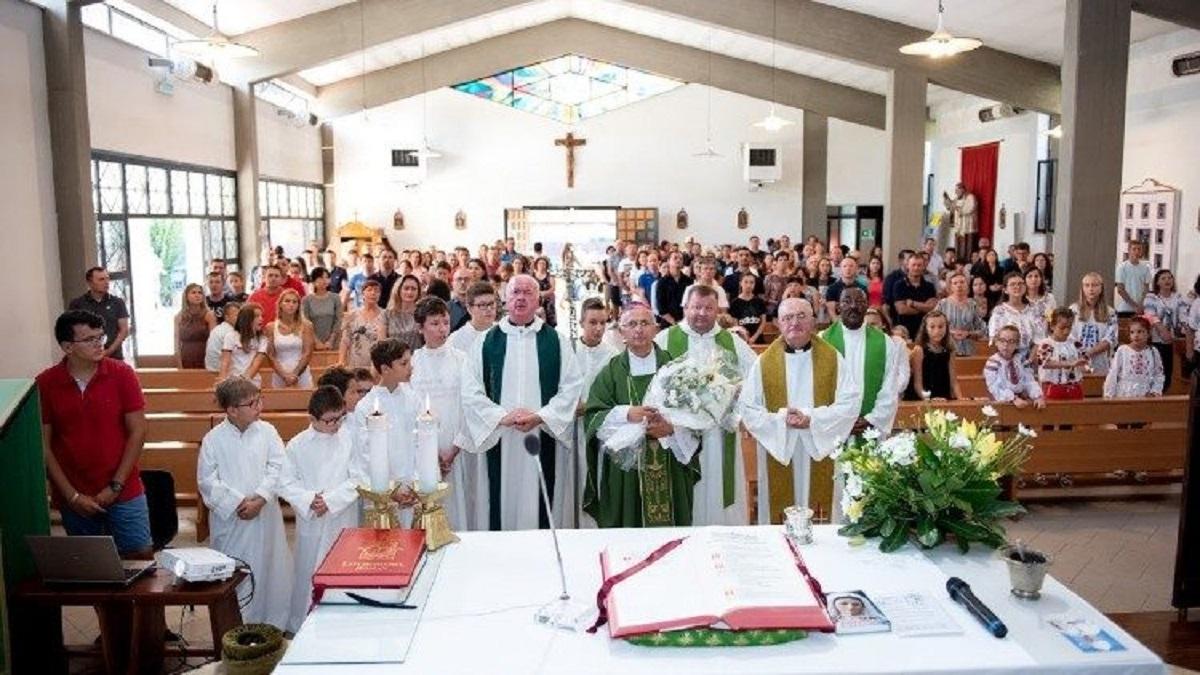 Tóm tắt Huấn thị của Bộ Giáo sĩ về việc cải cách giáo xứ và tái cơ cấu giáo phận