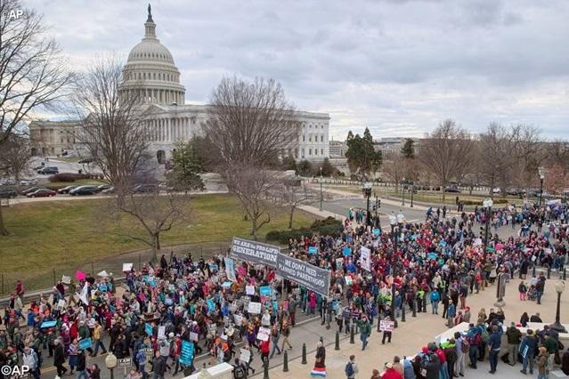 Tổng thống Donald Trump: những luật phá thai của Mỹ là sai và phải thay đổi