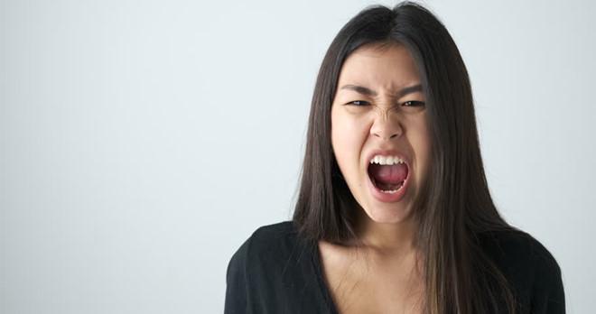 Tức giận với nhiều người - dấu hiệu trầm cảm?
