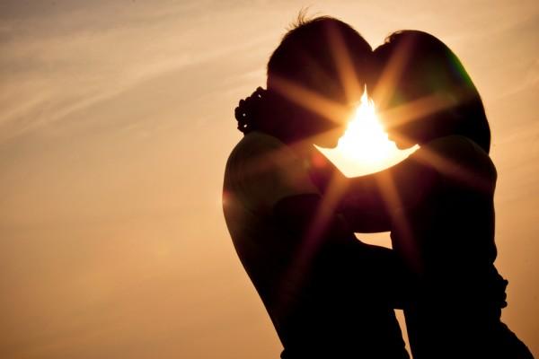 Vai trò của tình yêu và tính dục