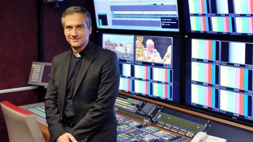 Vatican Bộ trưởng bộ Truyền thông sẽ đến Liên hoan phim Cannes ở Pháp