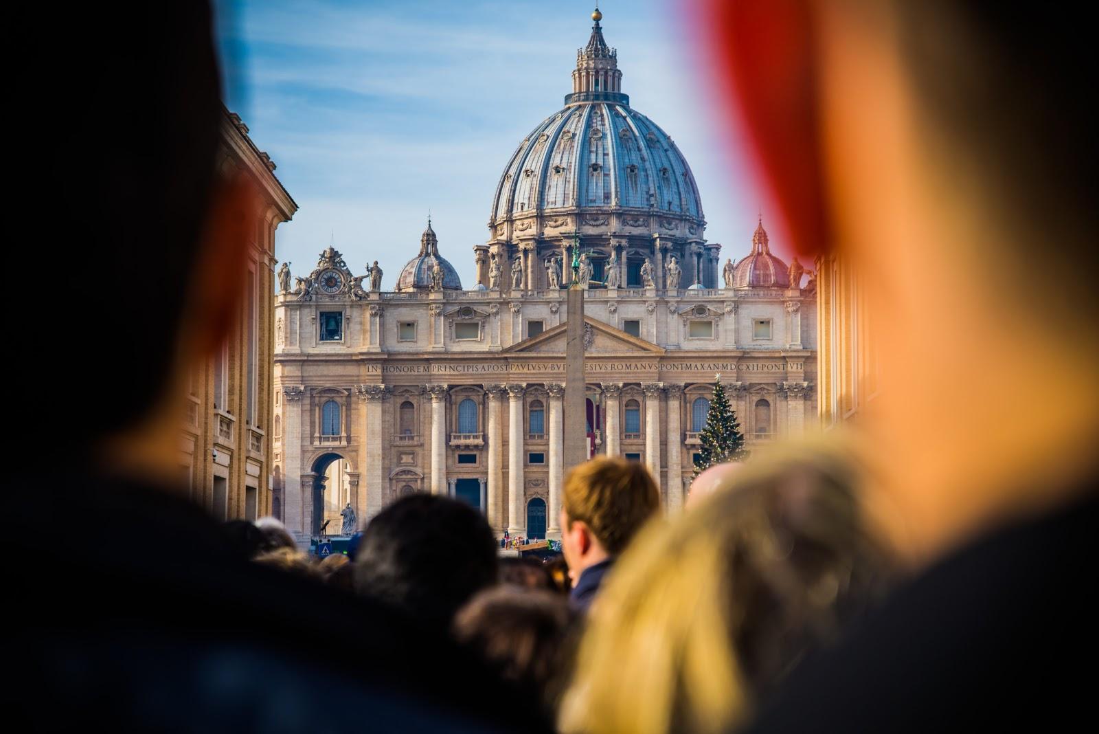 Vatican thông qua những biện pháp phòng ngừa để đối phó với dịch Coronavirus