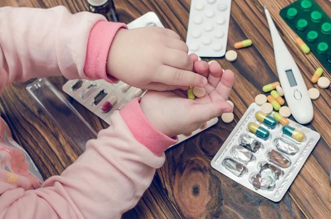 Những lỗi cha mẹ nên tránh để ngăn nguy cơ trẻ ngộ độc