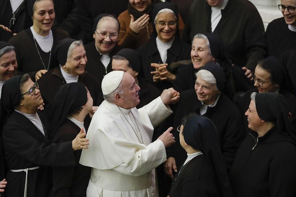 ĐTC Phanxicô: Dù bị bắt bớ và bách hại, Giáo Hội vẫn không mệt mỏi đón tiếp mọi người