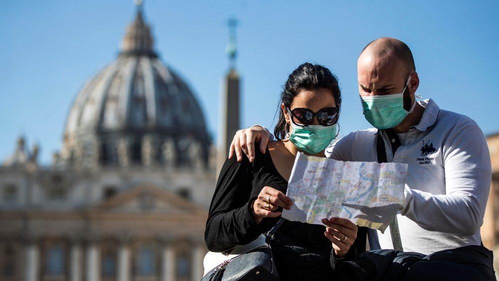Virus corona: Các Tổ chức Bác ái Ý túc trực khắp nơi 24/24