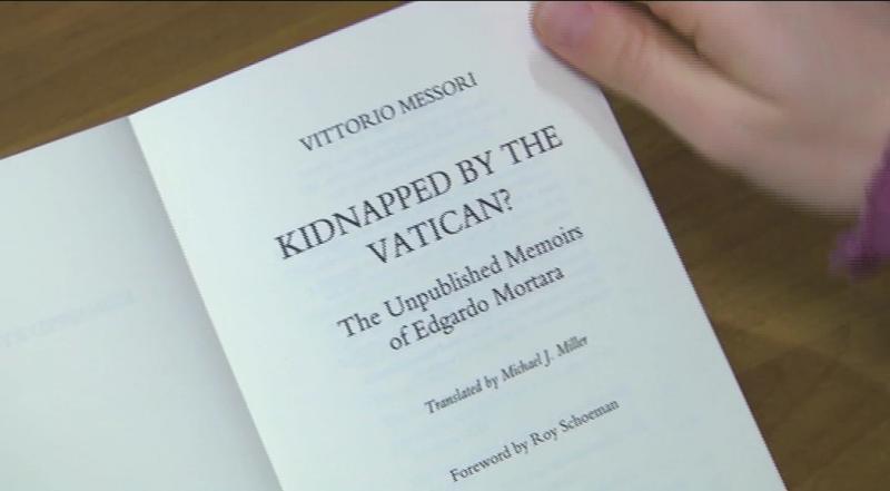 """Vụ án """"bắt cóc"""" chưa được giải quyết của Vatican không được làm sáng tỏ trong cuốn sách mới đây"""